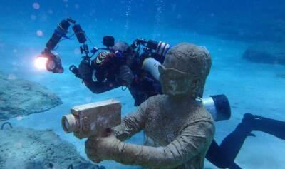 Первые дайверы посетили подводный музей Кипра (ФОТО)