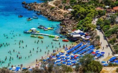 Сколько туристов ждать в августе?