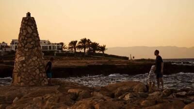 Россияне заняли первое место по числу туристов на Кипре в августе