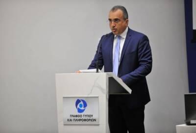 Глава минздрава Кипра затребовал список врачей, не пропагандирующих вакцинацию от Covid-19